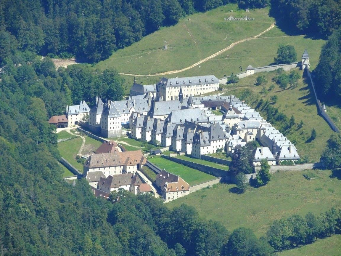 Massif Chartreuse charmant som monastère