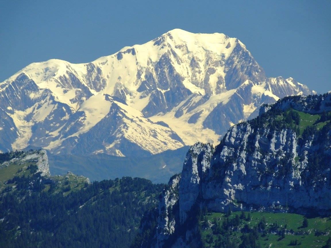 Massif Chartreuse charmant som mont blanc