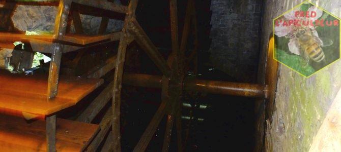 Ancien moulin à eau en fonctionnement: le moulin de Spontin