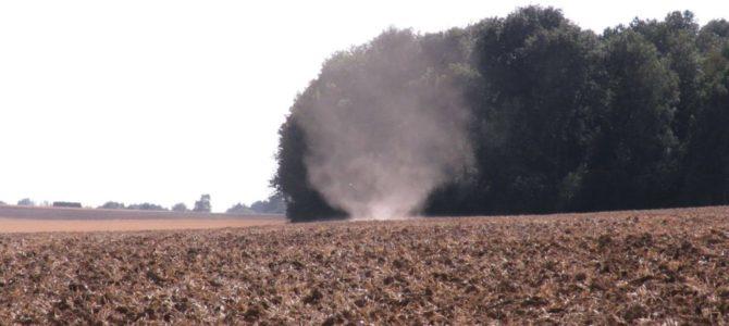 Dust devil ou diable de poussière